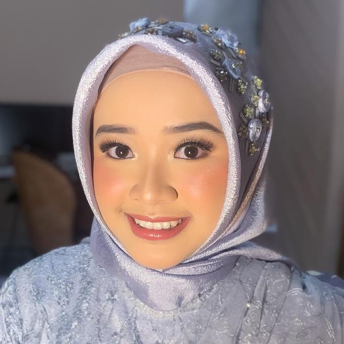 Bridesmaid Make Up by Make Up by Mutiara Fallahdani - 015