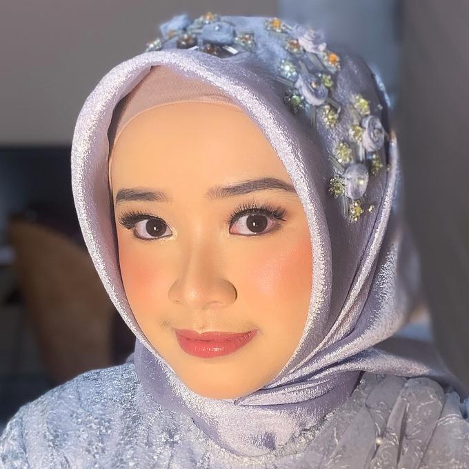 Bridesmaid Make Up by Make Up by Mutiara Fallahdani - 014