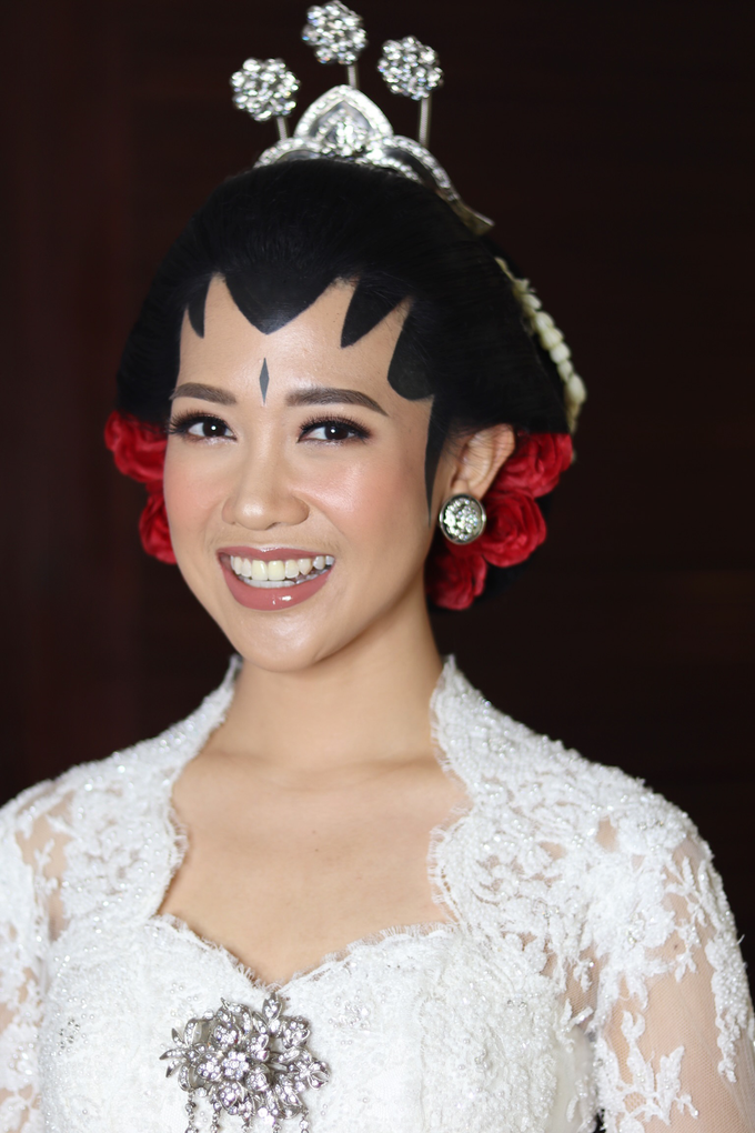 Diandra & Yos Wedding by Ambar Paes Traditional Wedding Make Up - 008