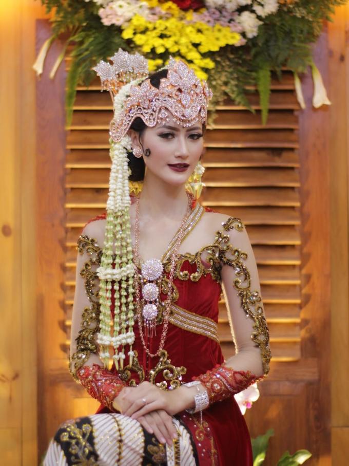 Makeup Portofolio  by Makeup By Tessa Yunisca - 012