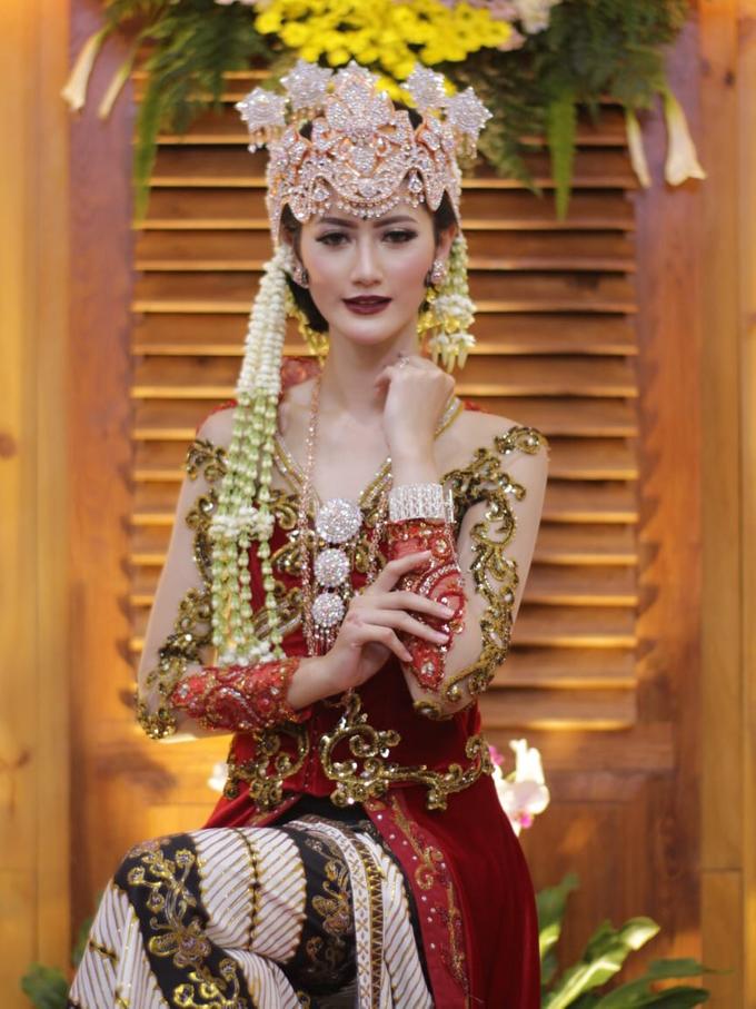 Makeup Portofolio  by Makeup By Tessa Yunisca - 011