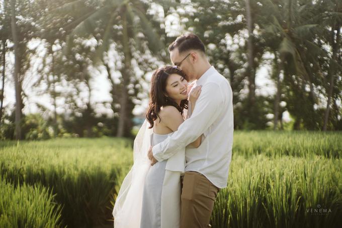 Prewedding of Darryl & Ellysia by Makeup by Windy Mulia - 003