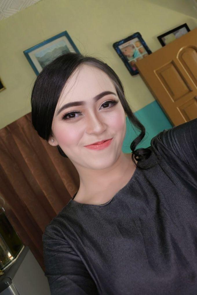 Makeup Engagement client suci by Cindy_prof_makeup - 004