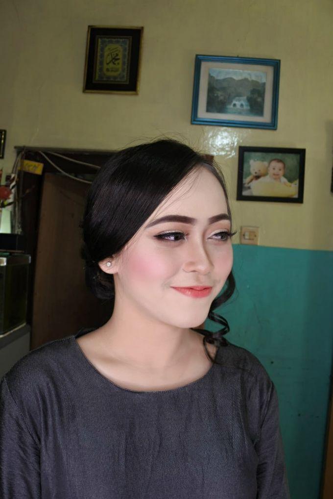 Makeup Engagement client suci by Cindy_prof_makeup - 005