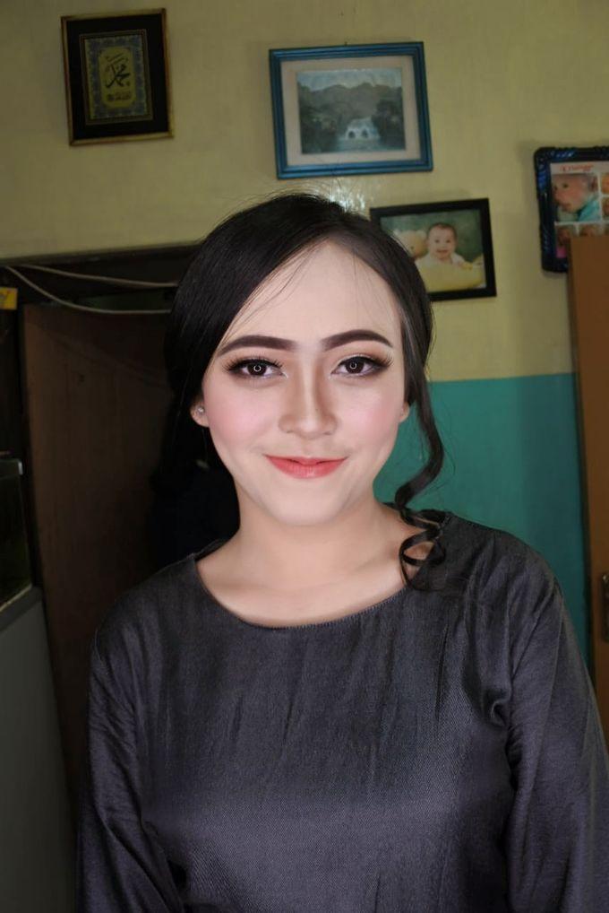 Makeup Engagement client suci by Cindy_prof_makeup - 003