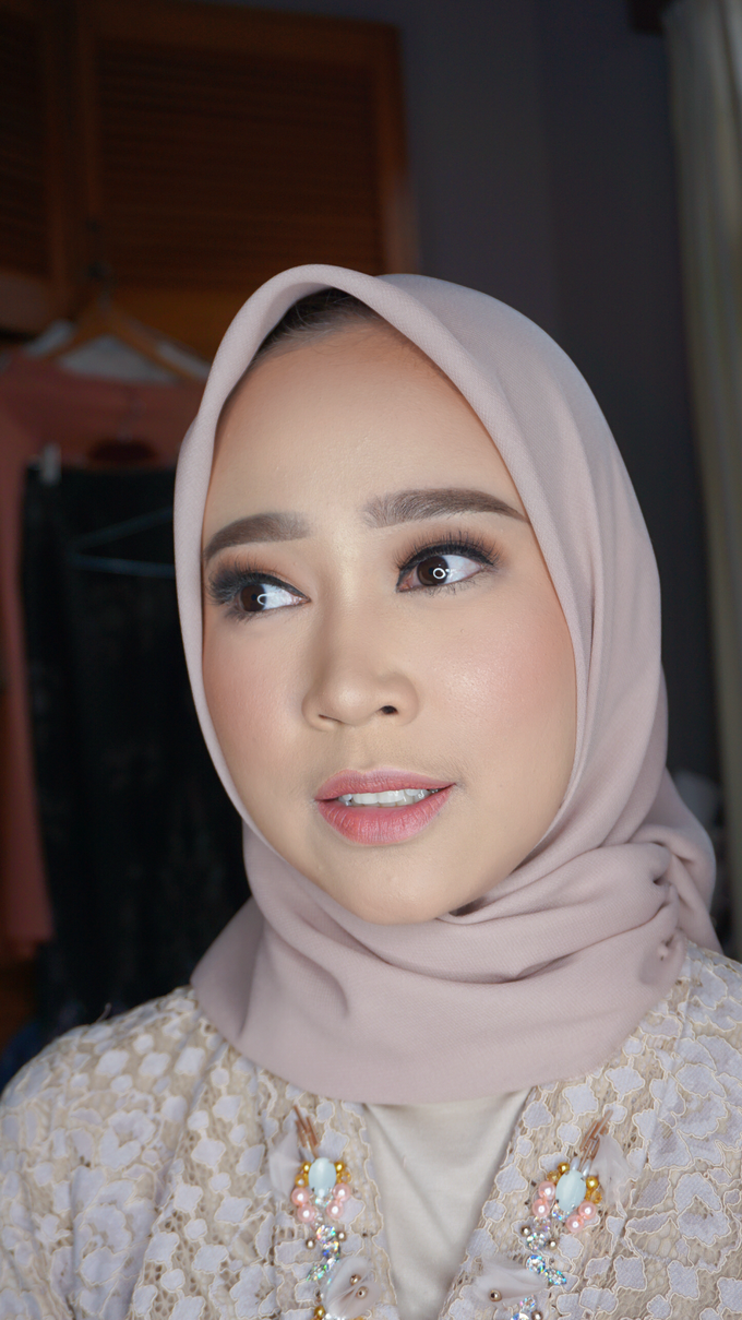 Engagement Makeup for Ms. Prieta by Makeupbyamhee - 007