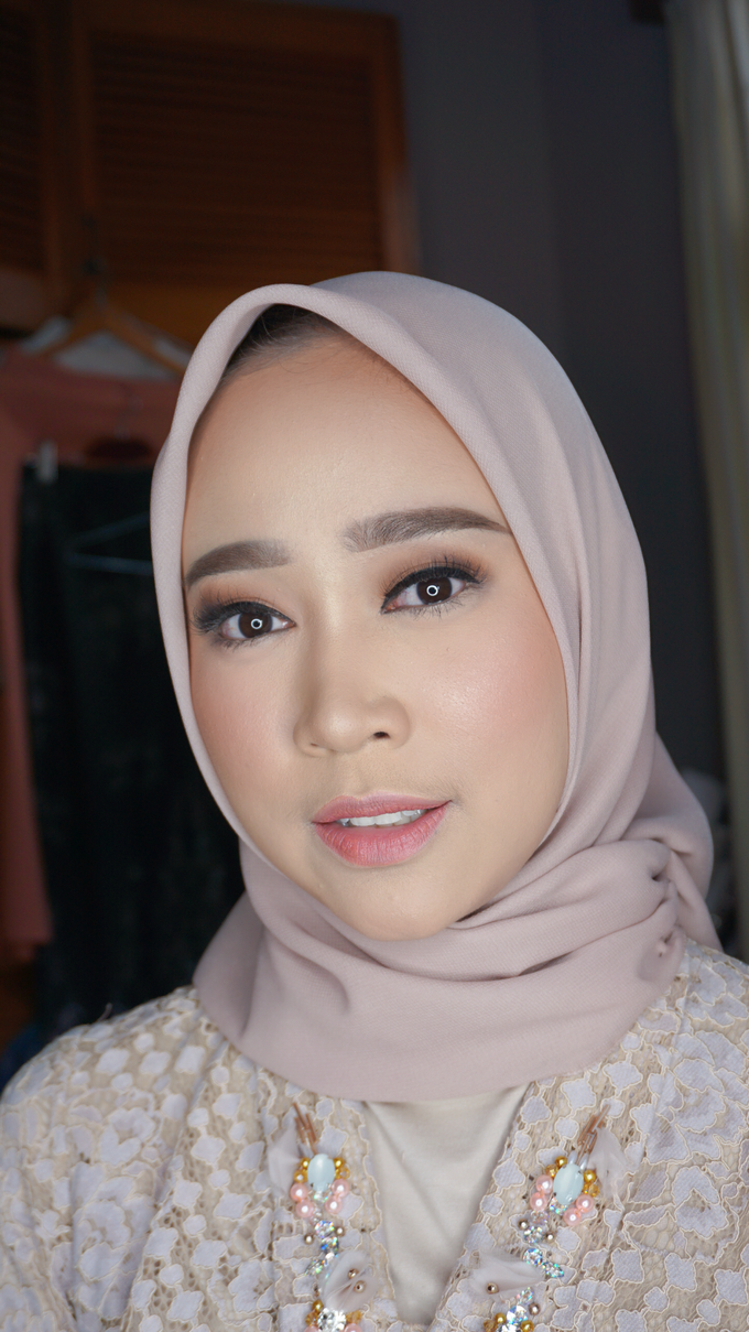 Engagement Makeup for Ms. Prieta by Makeupbyamhee - 008