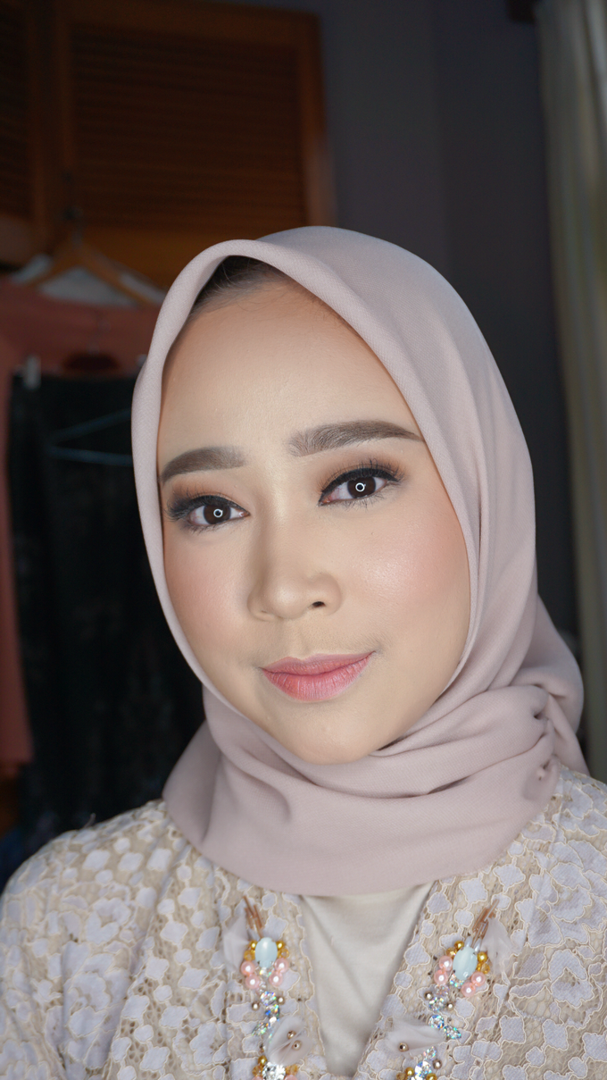 Engagement Makeup for Ms. Prieta by Makeupbyamhee - 009