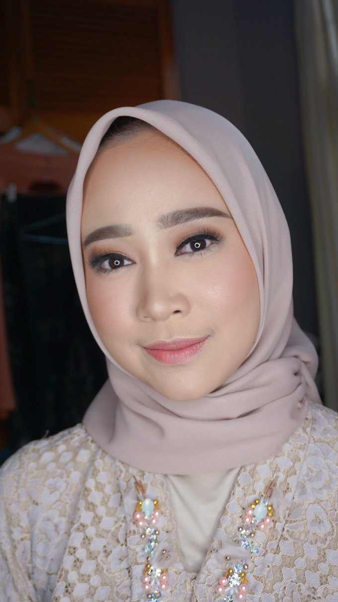 Engagement Makeup for Ms. Prieta by Makeupbyamhee - 013