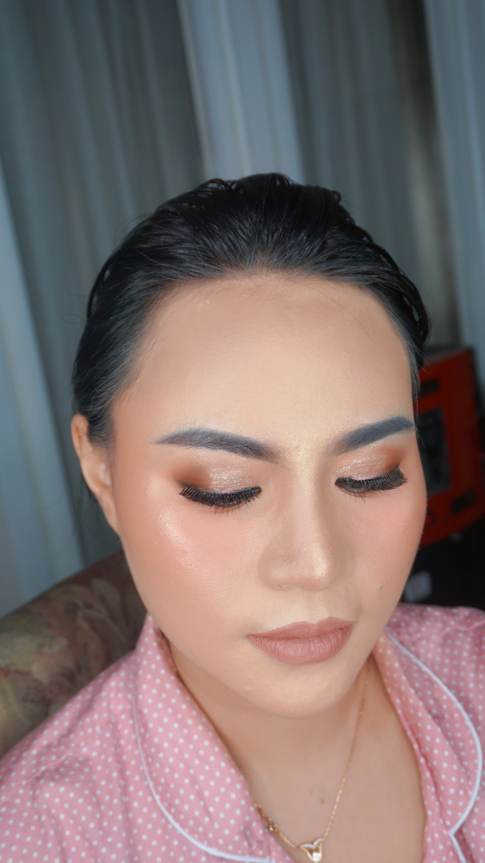 Glowing makeup for Mrs. Amalia by Makeupbyamhee - 009