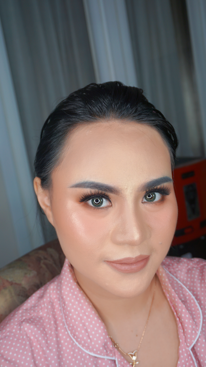Glowing makeup for Mrs. Amalia by Makeupbyamhee - 007