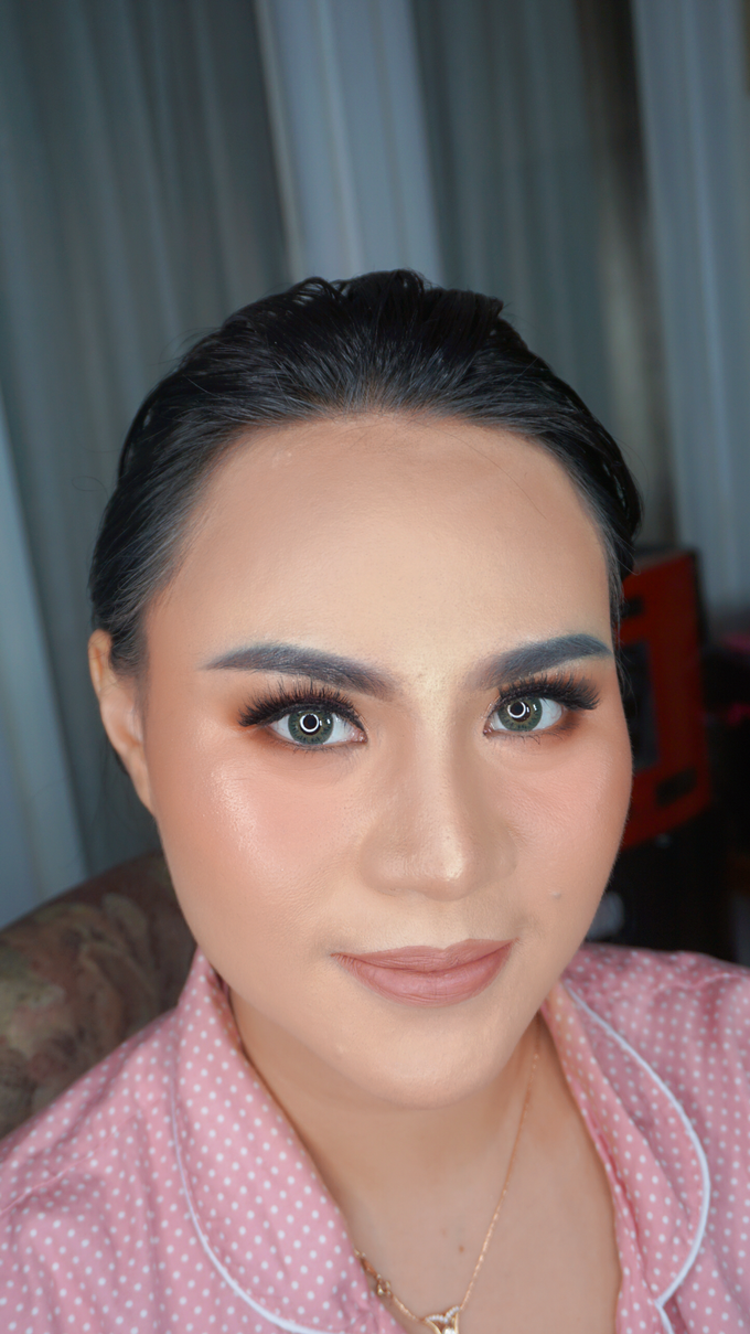 Glowing makeup for Mrs. Amalia by Makeupbyamhee - 011