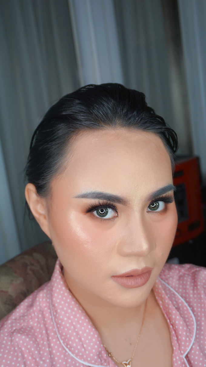 Glowing makeup for Mrs. Amalia by Makeupbyamhee - 012