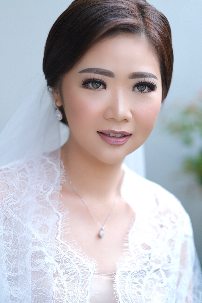 Wedding Makeup - Bride Sally - by makeupbyyobel - 003