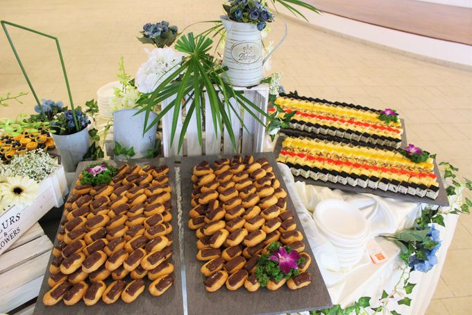 Rustic Garden Of Love by Manna Pot Catering - 011
