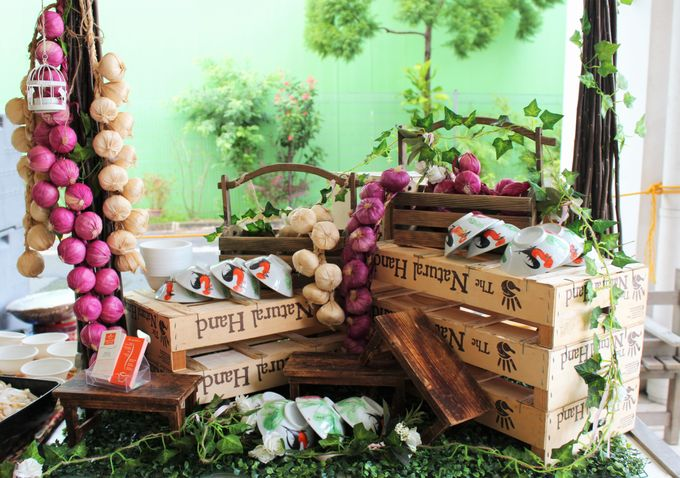 Rustic Garden Of Love by Manna Pot Catering - 014