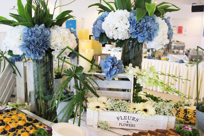 Rustic Garden Of Love by Manna Pot Catering - 001