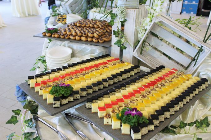 Rustic Garden Of Love by Manna Pot Catering - 020