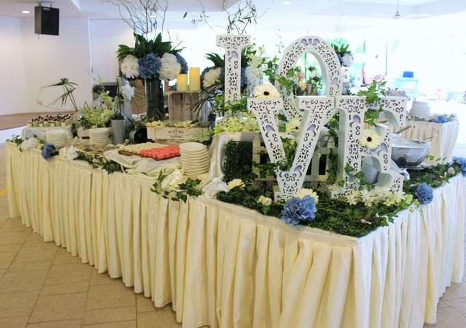 Rustic Garden Of Love by Manna Pot Catering - 021