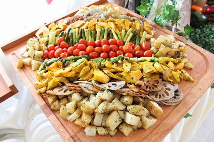 Rustic Garden Of Love by Manna Pot Catering - 007