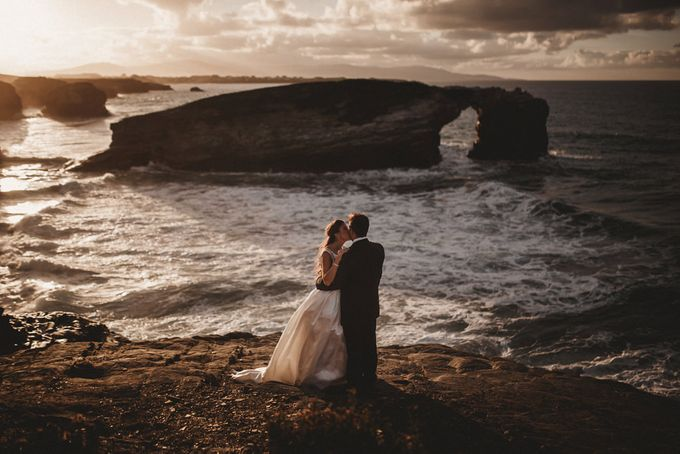 Cathedrals Beach by Manuel Balles. Wedding Photographer. - 015
