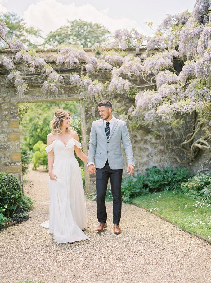 Quintessentially British Dorset Estate Wedding by Liz Baker Photography - 015