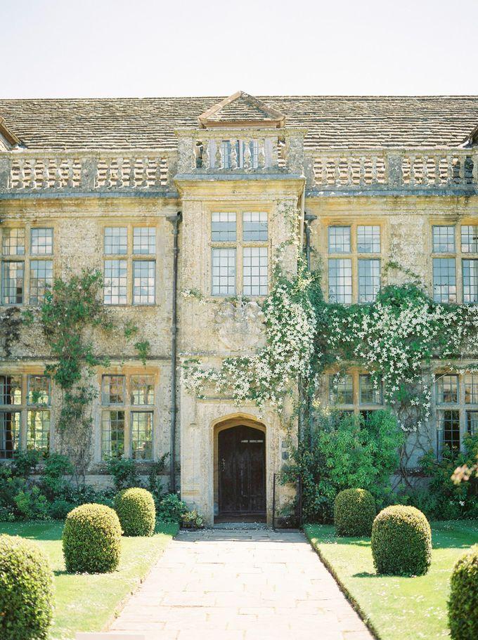 Quintessentially British Dorset Estate Wedding by Liz Baker Photography - 011