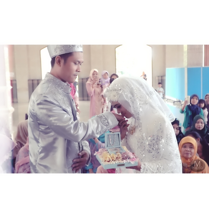 Wedding of Ririn and Gunawan by Maradil Photography - 009