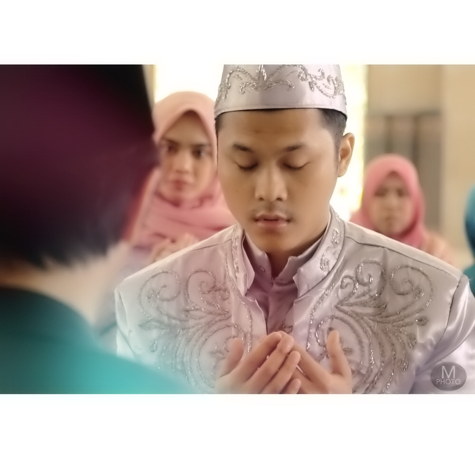 Wedding of Ririn and Gunawan by Maradil Photography - 010