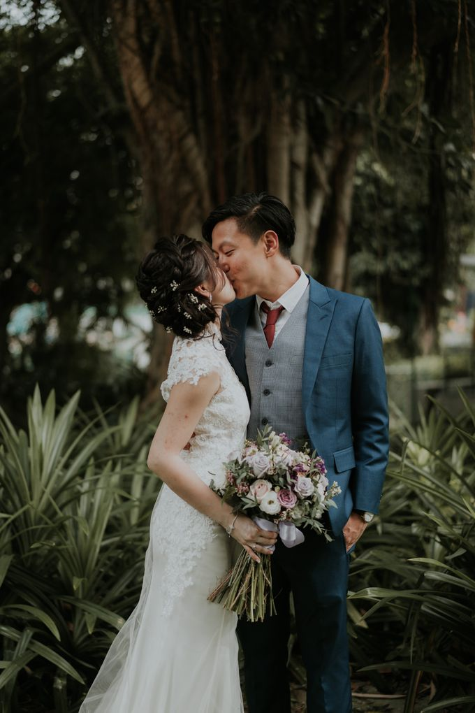 Ying Hui & Marc Wedding by Nicolas Laville Couture - 005