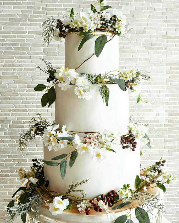 3 layers wedding cakes by LeNovelle Cake - 006