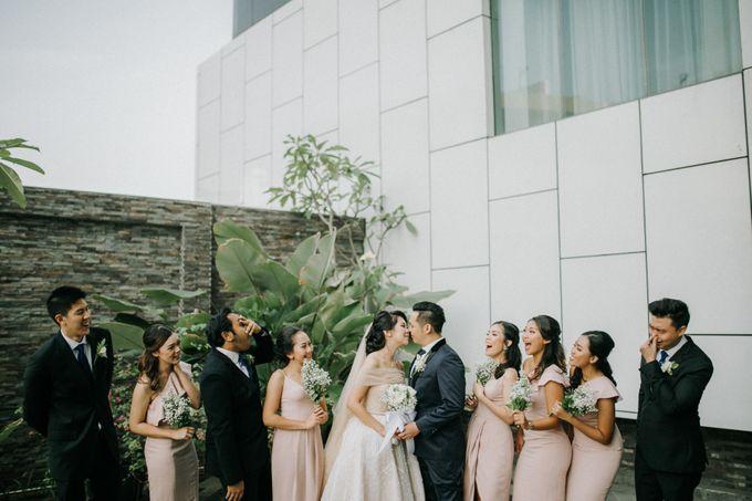 Markus & Ferli Wedding Day - Grand Mercure Kemayoran by Yogie Pratama - 004