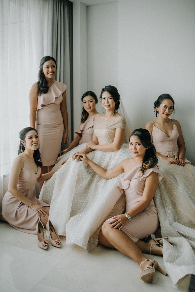 Markus & Ferli Wedding Day - Grand Mercure Kemayoran by Yogie Pratama - 003