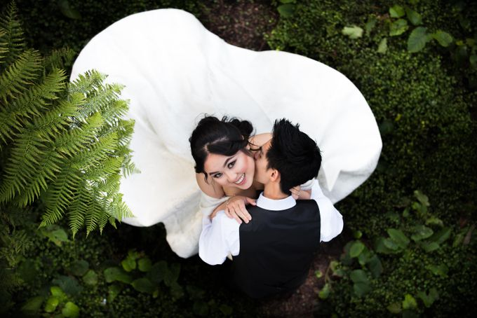 Pre-Wedding - Prenuptial - Engagement - Save the date - Couple by Alodia Oei Photography - 001