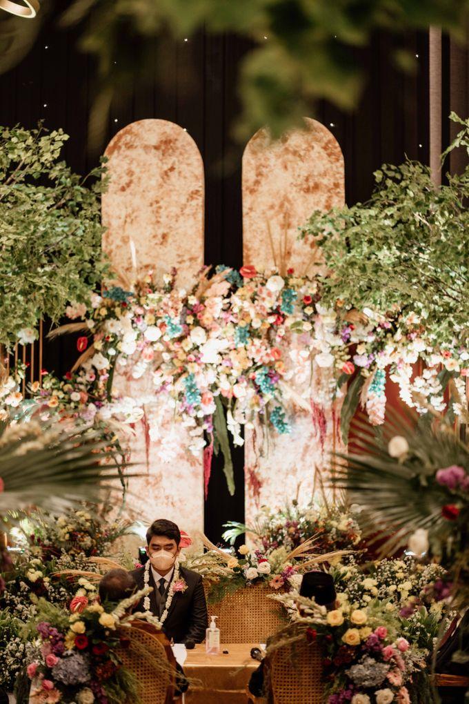 Marsa & Adif Wedding by AKSA Creative - 020