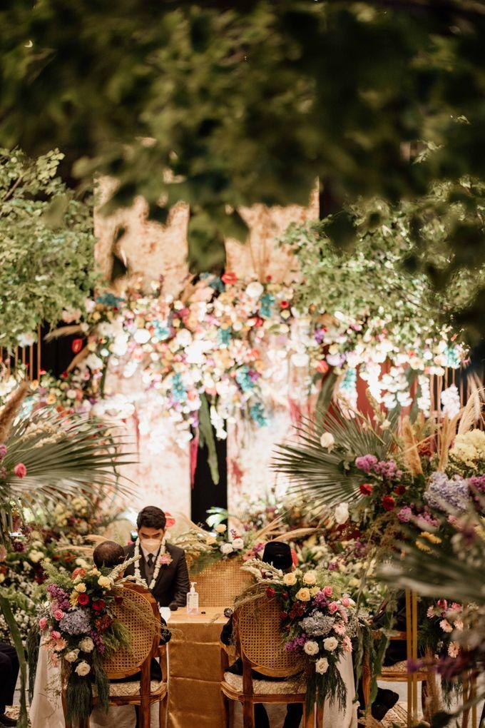 Marsa & Adif Wedding by AKSA Creative - 021
