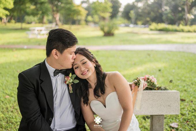 Martin Jnet Pre-Wedding | Strolling in a Park by Ducosky - 008