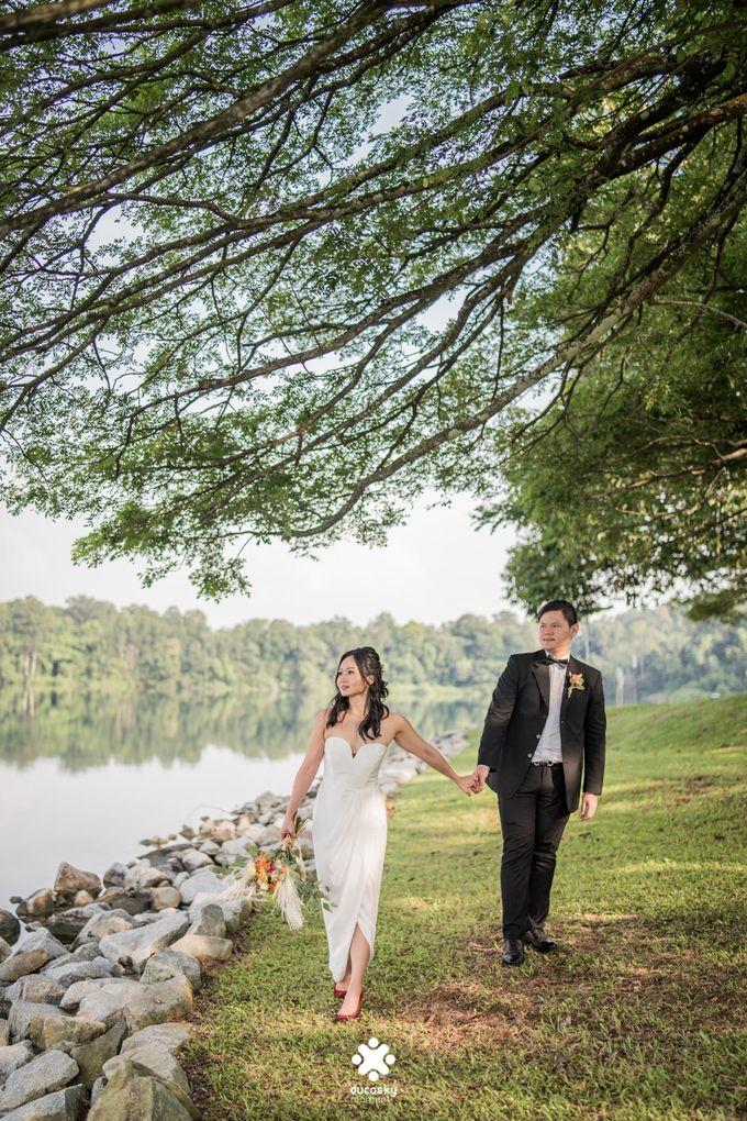 Martin Jnet Pre-Wedding | Strolling in a Park by Ducosky - 012