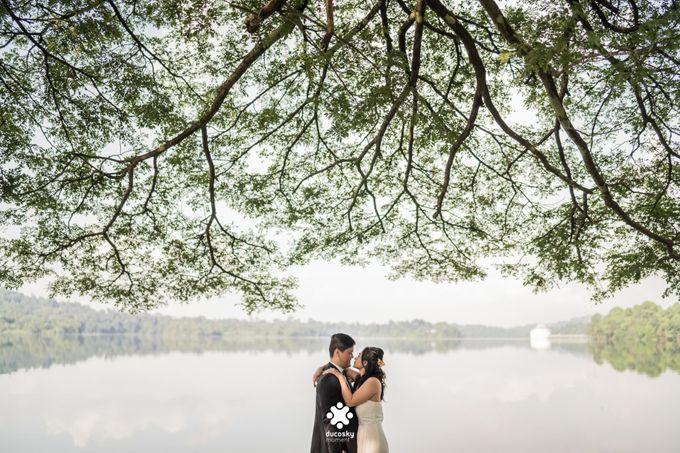 Martin Jnet Pre-Wedding | Strolling in a Park by Ducosky - 014