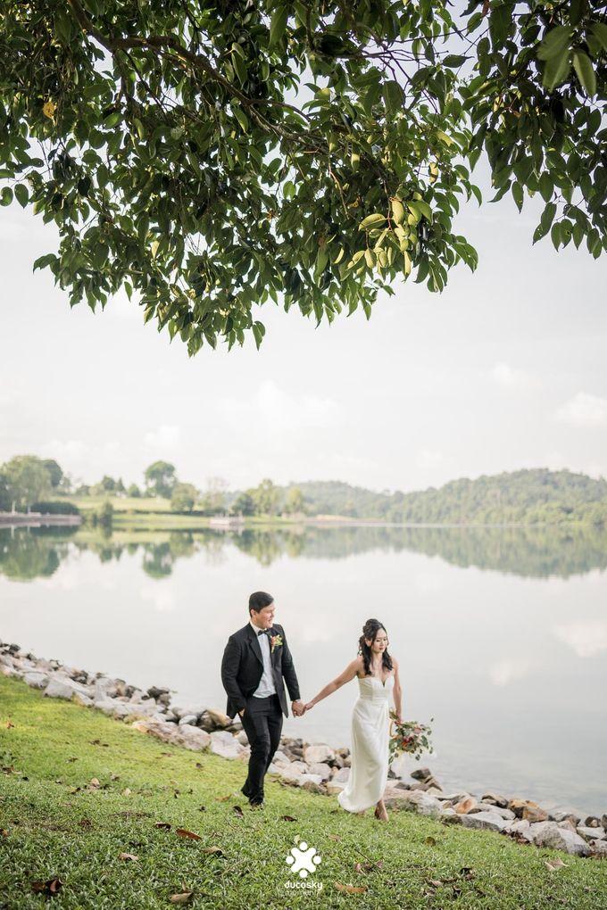 Martin Jnet Pre-Wedding | Strolling in a Park by Ducosky - 015