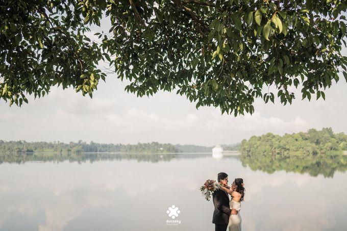 Martin Jnet Pre-Wedding | Strolling in a Park by Ducosky - 016