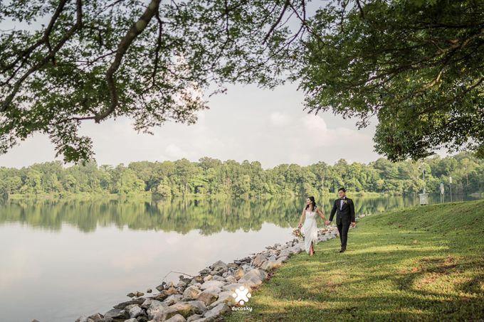 Martin Jnet Pre-Wedding | Strolling in a Park by Ducosky - 017