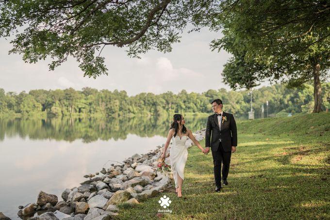 Martin Jnet Pre-Wedding | Strolling in a Park by Ducosky - 018