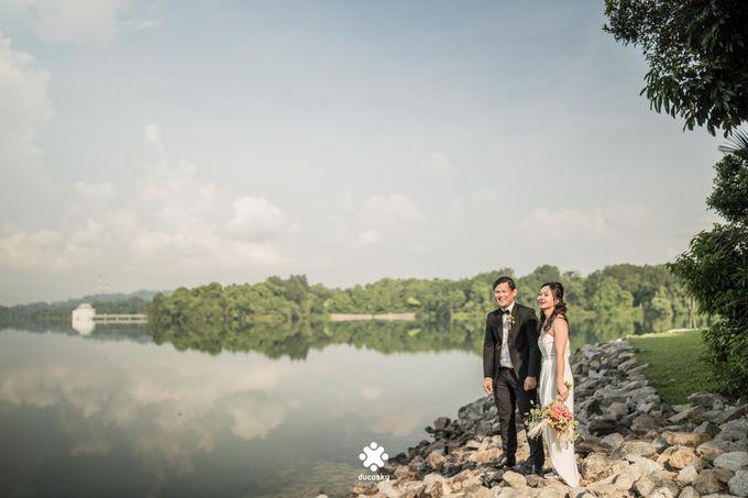 Martin Jnet Pre-Wedding | Strolling in a Park by Ducosky - 019