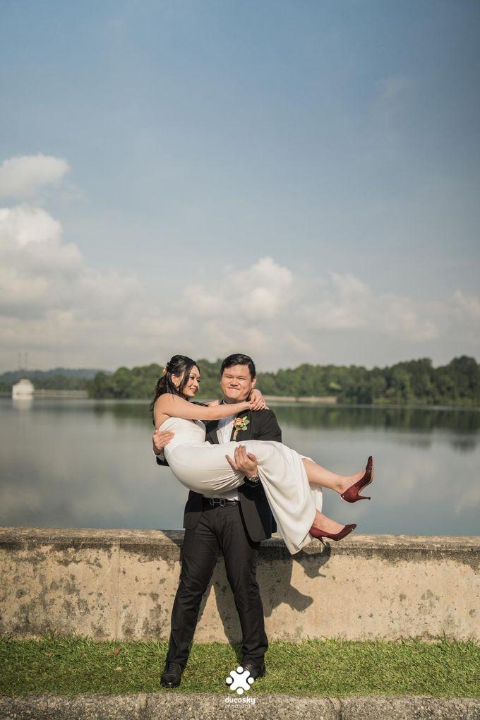 Martin Jnet Pre-Wedding | Strolling in a Park by Ducosky - 026