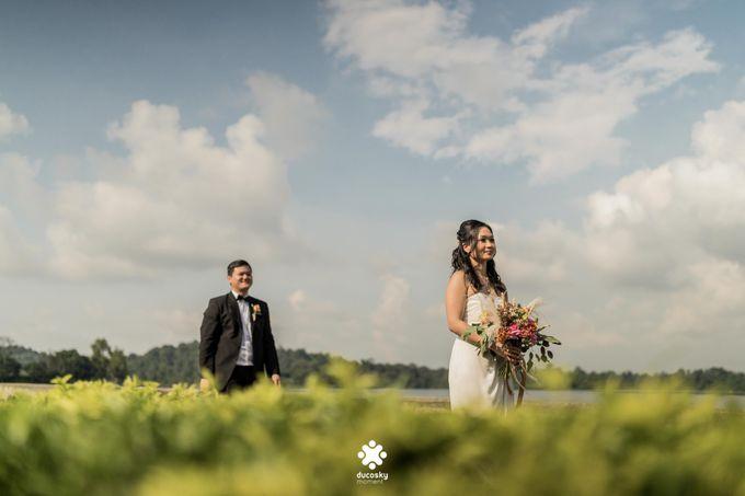 Martin Jnet Pre-Wedding | Strolling in a Park by Ducosky - 030