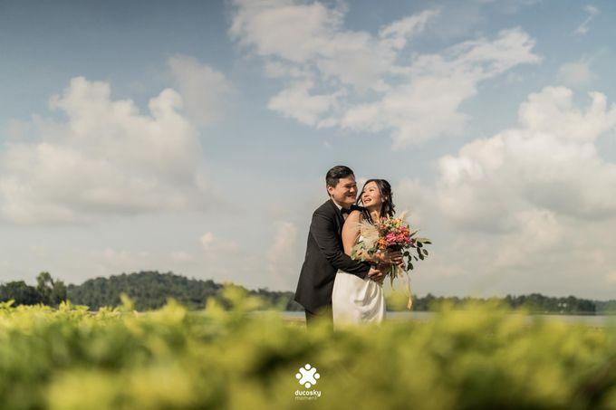 Martin Jnet Pre-Wedding | Strolling in a Park by Ducosky - 031