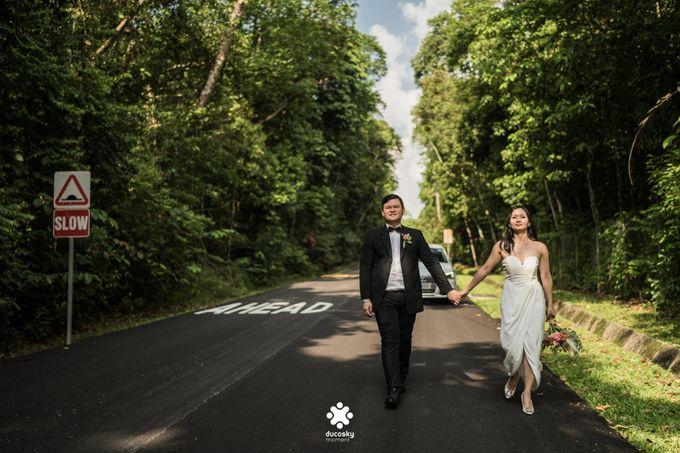 Martin Jnet Pre-Wedding | Strolling in a Park by Ducosky - 034