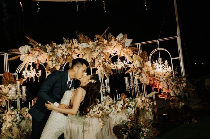 The Wedding of Hijelina & Martin by Bali Eve Wedding & Event Planner - 038