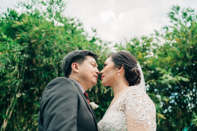 Green Themed Wedding of Gari and  Mara by Peach Frost Studio - 047